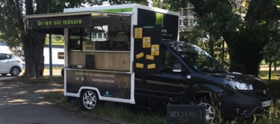 Camion de bar à salade sur la tehclid lyonnaise